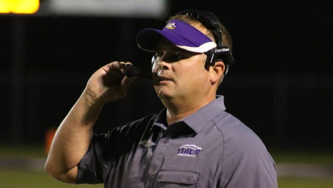 Logansport coach Kevin Magee will head into the playoffs with the No. 1 ranked team in the final LSWA poll.