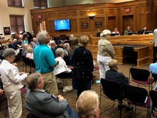 Sioux Falls mayor, councilors find compromise, new proposal keeps public input up front