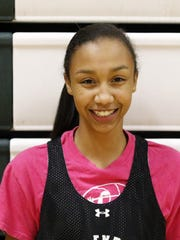 Zaria Thomas averaged 20.1 points and 4.1 steals in the 2015-16 season for the Elmira girls basketball team.