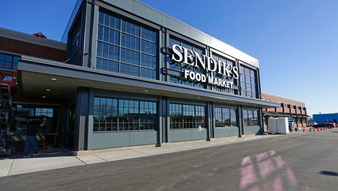 The Sendik's Food Market that opened in November on Miller Park Way in West Milwaukee is the latest link in the local grocer's growing chain.