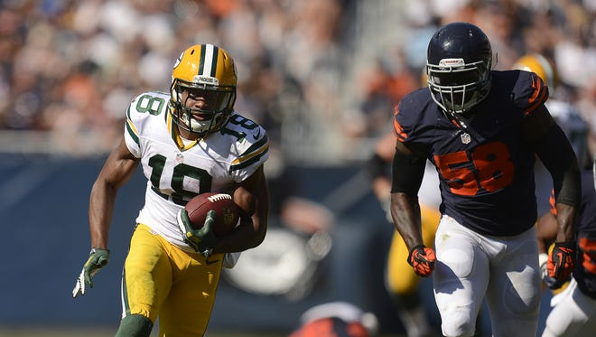 Green Bay Packers receiver Randall Cobb (18) runs with the ball after making a catch in the fourth quarter during Sunday's game against the Chicago Bears at Soldier Field in Chicago. Evan Siegle/Press-Gazette Media/@PGevansiegle