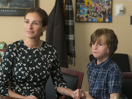 Julia Roberts and Jacob Tremblay play mother and son