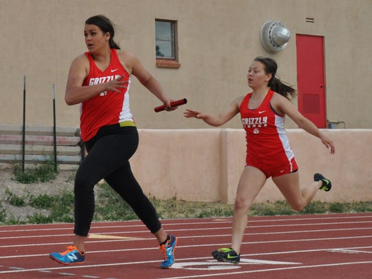 With a time of 1:00.39, the Lady Grizzlies finished the 4x100 in second place.