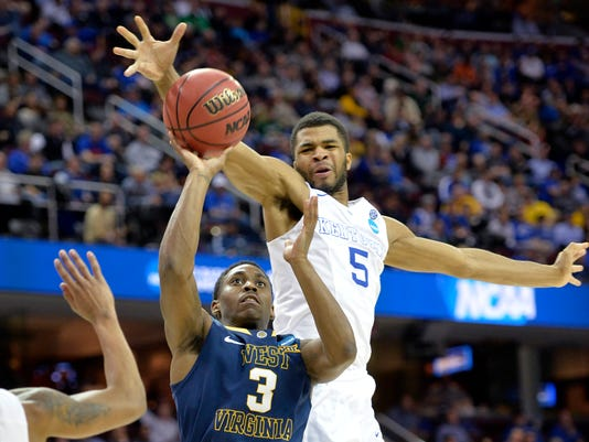 Top-seeded Wisconsin rallied in the final 10 minutes to ...