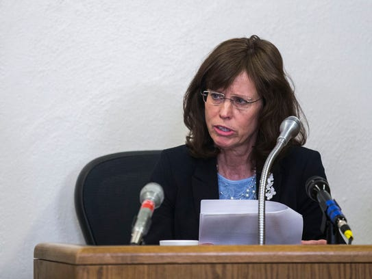 Cynthia Liston Thye, Chase Nicholson's aunt reads a