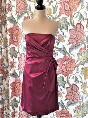 Looking to find a place for that slightly used prom dress? Sparrow Place can help with that.