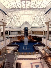 Center court of the Irondequoit Mall in 1990, the year