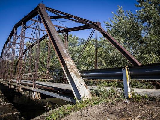 Albany bridge 85