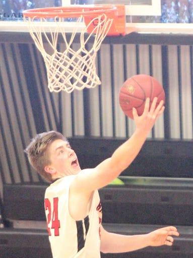 Clear Creek Amana vs. Williamsburg in WaMaC boys' basketball
