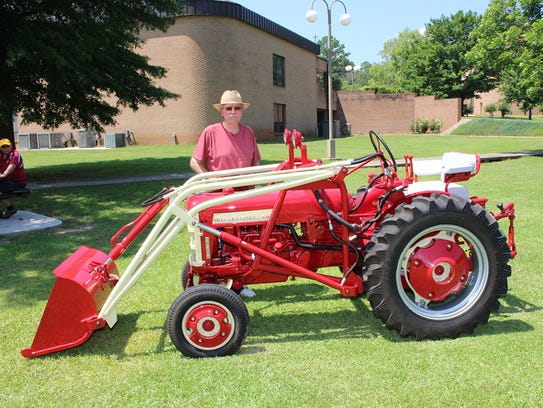 "Impressive examples of ""Offset"" tractors such as this"