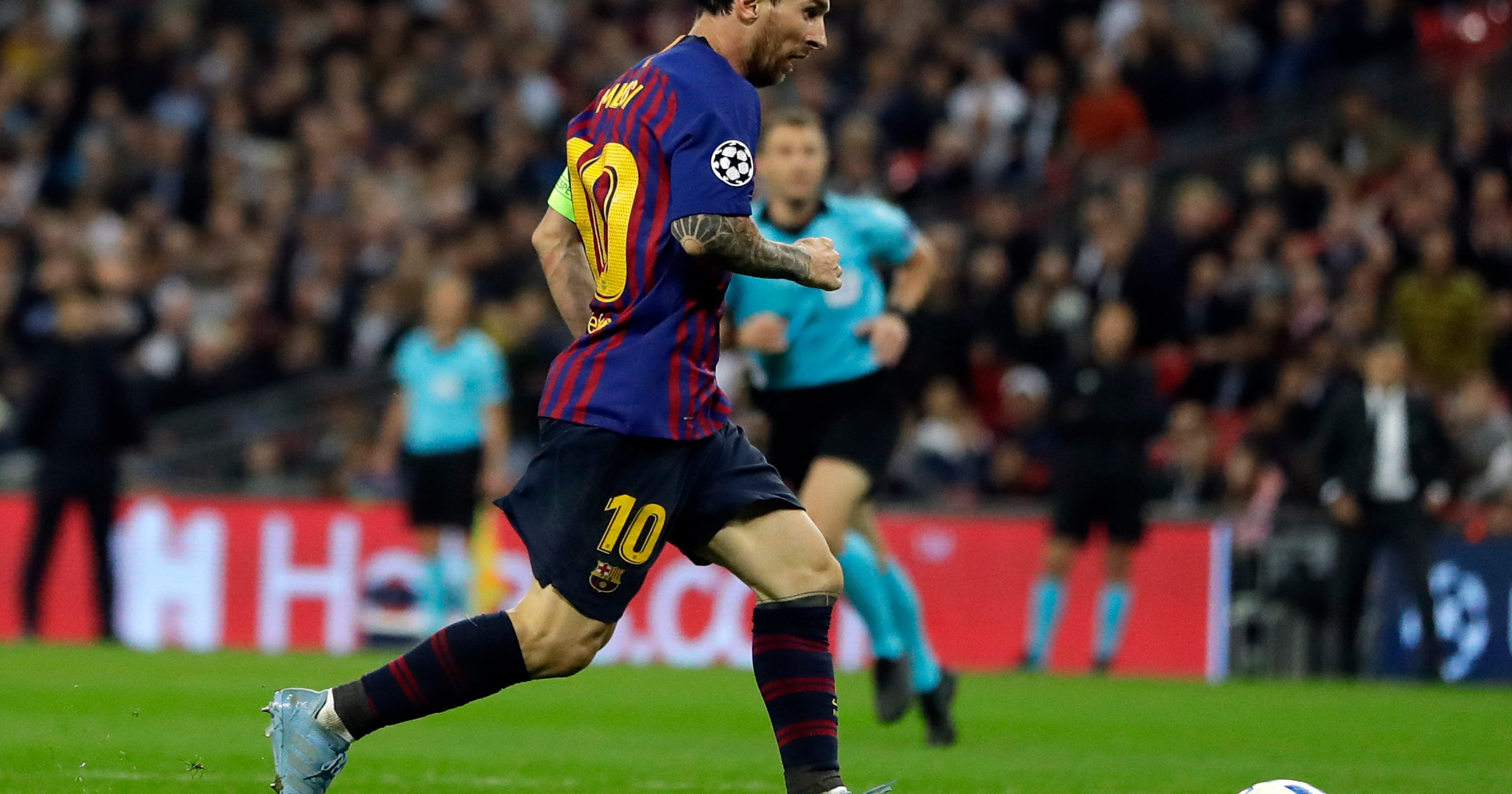 Messi double helps barcelona to 4 2 win at tottenham - Firefly barcelona ...