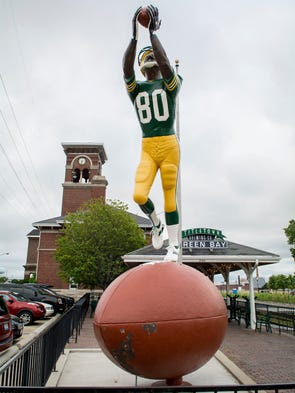 The Packer Receiver statue stands as a local landmark