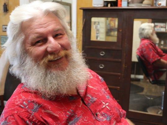 636161832710348214-Becoming-Santa-working-on-it-Jim-Elliott.jpg