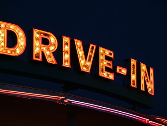 635485460187168916-drive-in-movie