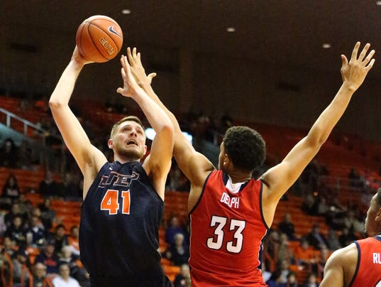 UTEP-Florida-Atlantic-10.jpg