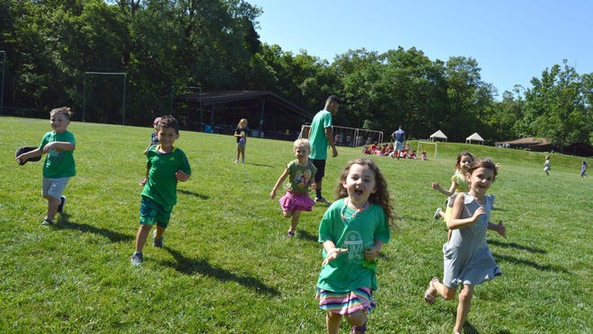 The Kaplen JCC of the Palisades offers a peek at its summer and specialty camps during Family Fun Day.