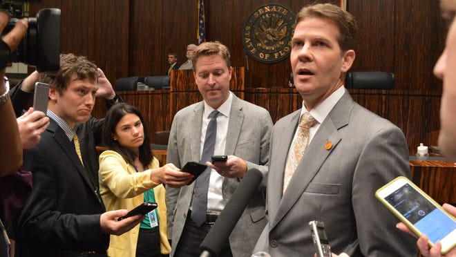 Senate President Andy Gardiner's post-session gaggle Friday.