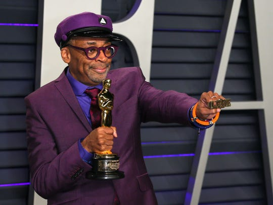 """Best Adapted Screenplay winner for """"BlackKklansman"""" Spike Lee attends the 2019 Vanity Fair Oscar Party following the 91st Academy Awards at The Wallis Annenberg Center for the Performing Arts in Beverly Hills on February 24, 2019. (Photo by JB Lacroix / AFP)        (Photo credit should read JB LACROIX/AFP/Getty Images)"""