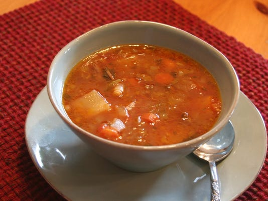Bowl of Oxetail soup.jpg