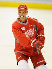 Chris Chelios came to the Red Wings in 1999 at the