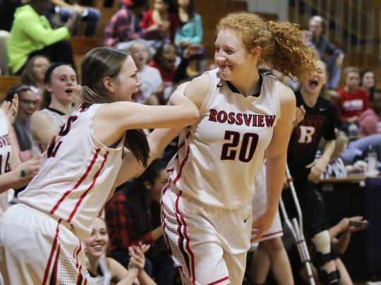 Rossview's Ashlyn Manley (#32) cheers on teammate Haylee