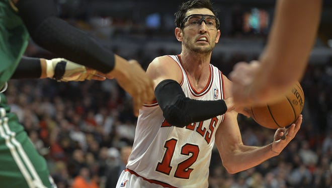 Chicago Bulls shooting guard Kirk Hinrich (12) could be getting moved.