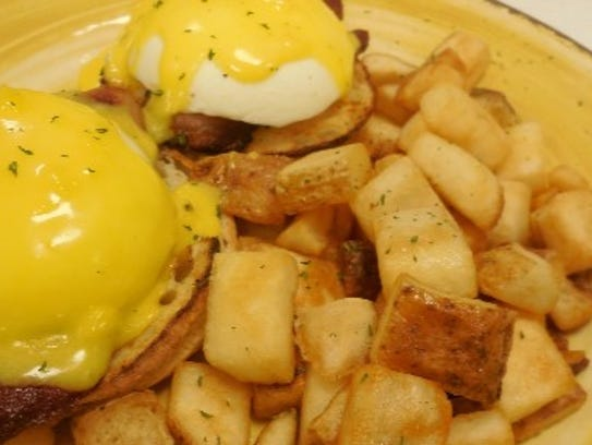 Feeling like some breakfast? Wild Goose Café offers eggs Benedict.