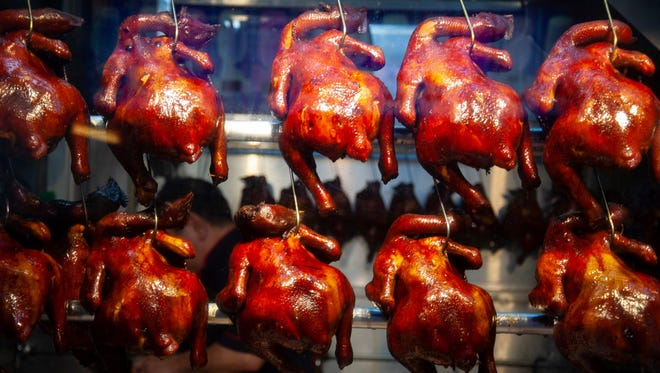 The cheapest Michelin-starred restaurant in the world is Liao Fan Hong Kong Soya Sauce Chicken Rice & Noodle, a street food stall in Singapore. The most expensive main dish there costs $2.20.