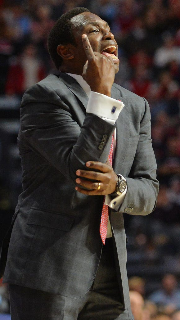 Alabama head coach Avery Johnson gestures during the first half of an NCAA college basketball game against Mississippi in Oxford, Miss., Thursday, Jan. 7, 2016. Mississippi won 74-66. (AP Photo/Thomas Graning)