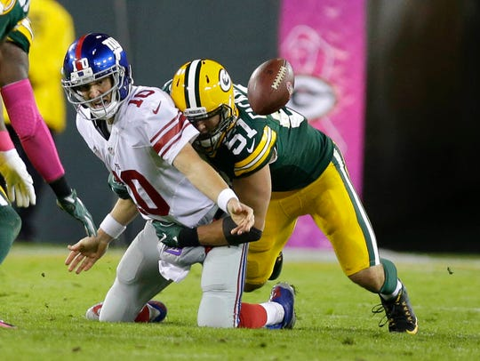 Packers outside linebacker Kyler Fackrell (51) sacks