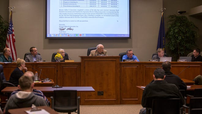Parowan City Council members on Thursday discussed their goals for 2016.