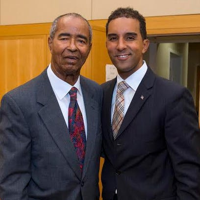 Former Mount Vernon mayor Ronald Blackwood (left) and