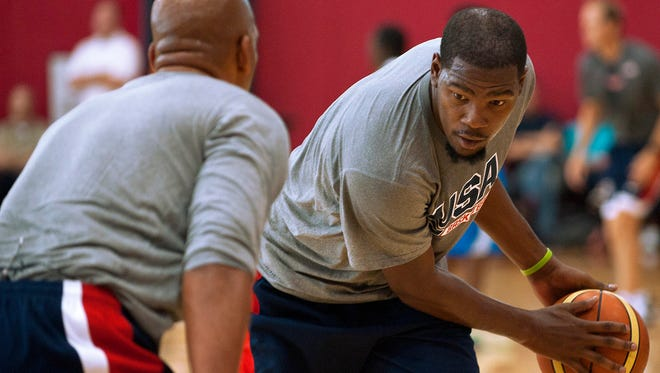 Kevin Durant (29) worked out with Team USA, back on the floor after missing most of the NBA season with a foot injury.