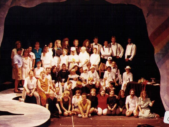A 1991 Phoenix Productions cast.