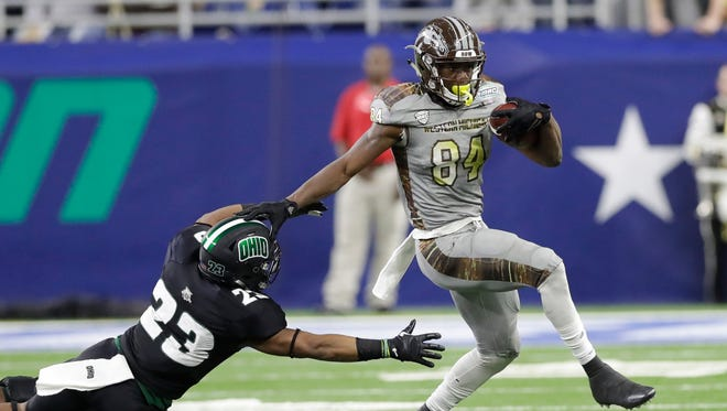 WR Corey Davis, Western Michigan – Corey Davis is widely hailed as one of the top three receiver prospects in the draft. He dominated the Mid-American Conference, but a foot injury could cause him to slide to No. 21 on draft day.