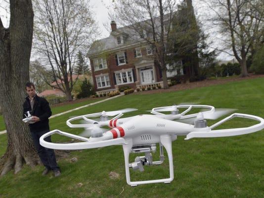 AP EXCHANGE REALTOR DRONE A ADV USA IL