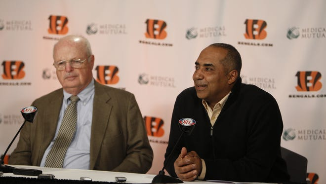 Marvin Lewis was signed to a one-year contract extension.