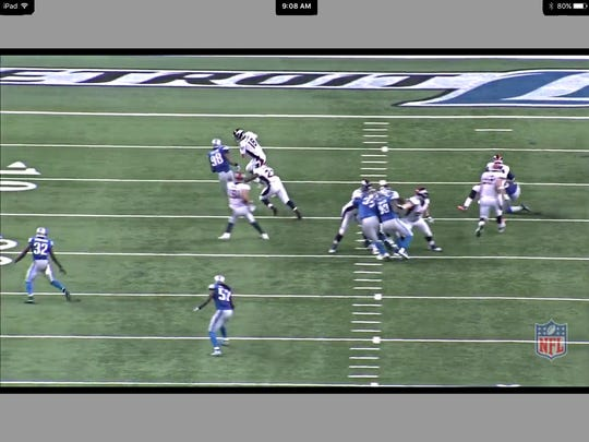 Peyton Manning can't escape Devin Taylor
