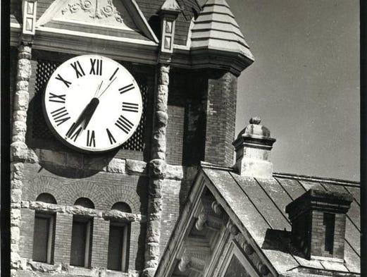Salem City Hall, 1972.
