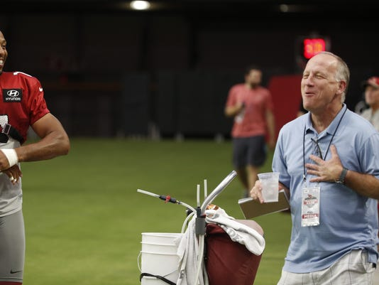 Kent Somers talks with Larry Fitzgerald