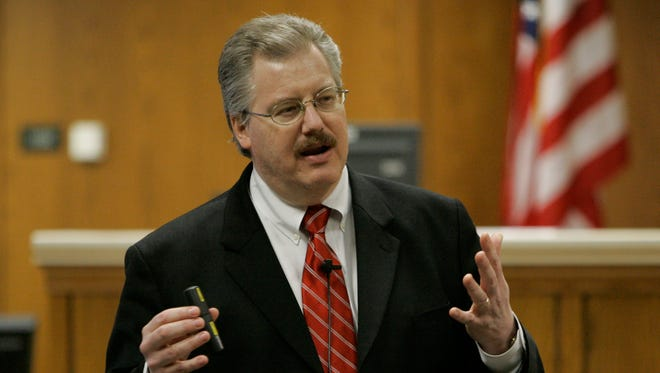 Calumet County District Attorney Ken Kratz gives his closing argument in the Steven Avery trial in the courtroom on March 14, 2007 at the Calumet County Courthouse in Chilton.