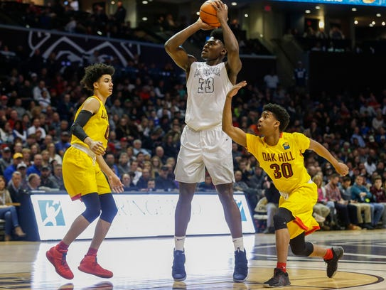 Isaiah Stewart (33), of La Lumiere, during the championship