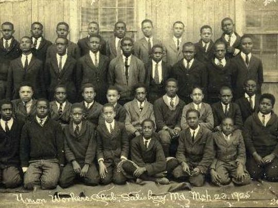 A club photo c. 1925 from a segregated Salisbury High School.