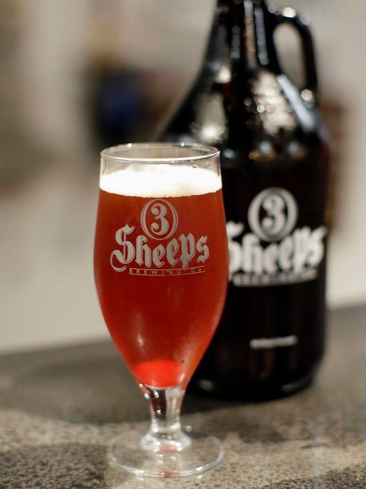 636101612665152992-Peoples-Beer-Vertical.jpg
