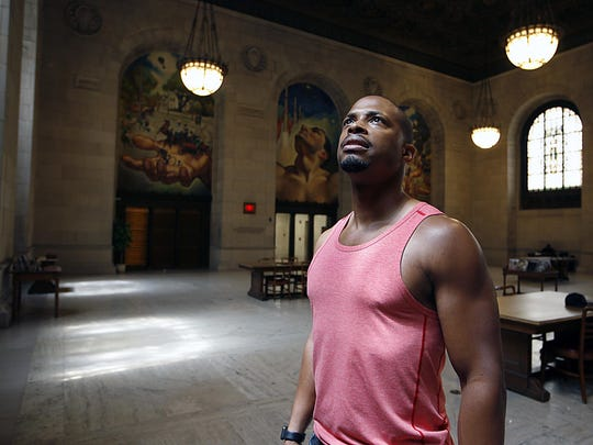 """During a recent trip home to Detroit, """"Scandal"""" actor Cornelius Smith Jr. visited the Detroit Public Library. """"From the moment I met him, I knew he was going to be an actor and an artist,"""" says Cass Tech High School drama teacher Marilyn McCormick."""