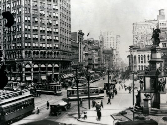 Beginning of Mich Ave at Woodward