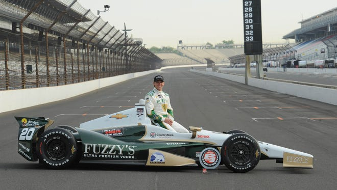 Ed Carpenter and Chevrolet won the Indianapolis 500's pole for the second consecutive year in 2014.