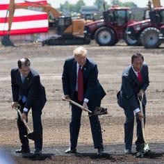 Donald Trump calls Scott Walker 'a favorite of mine' as he praises Foxconn deal