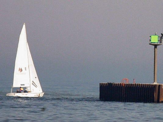 she n Blind Sailing0909_gck-01