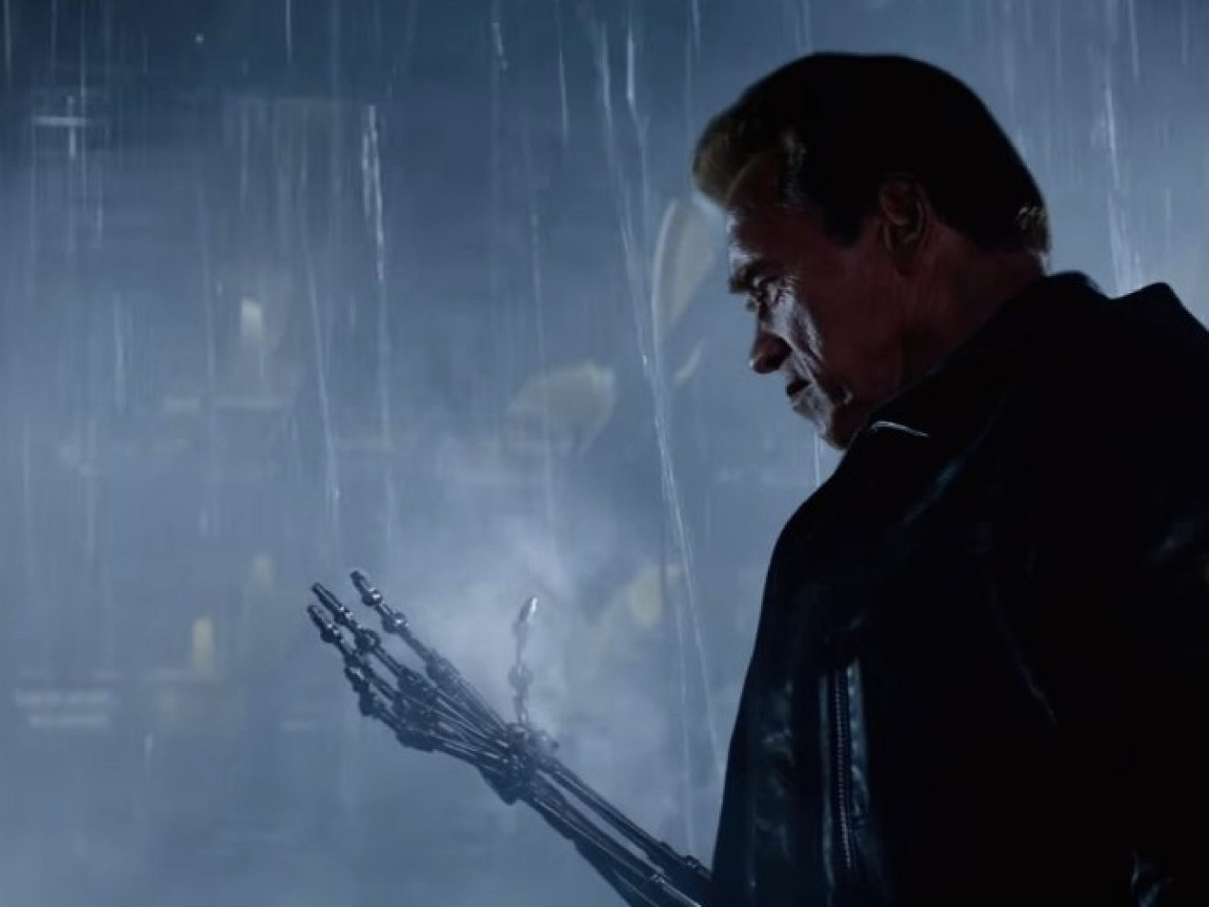 """Arnold Schwarzenegger is back in """"Terminator: Genisys."""""""